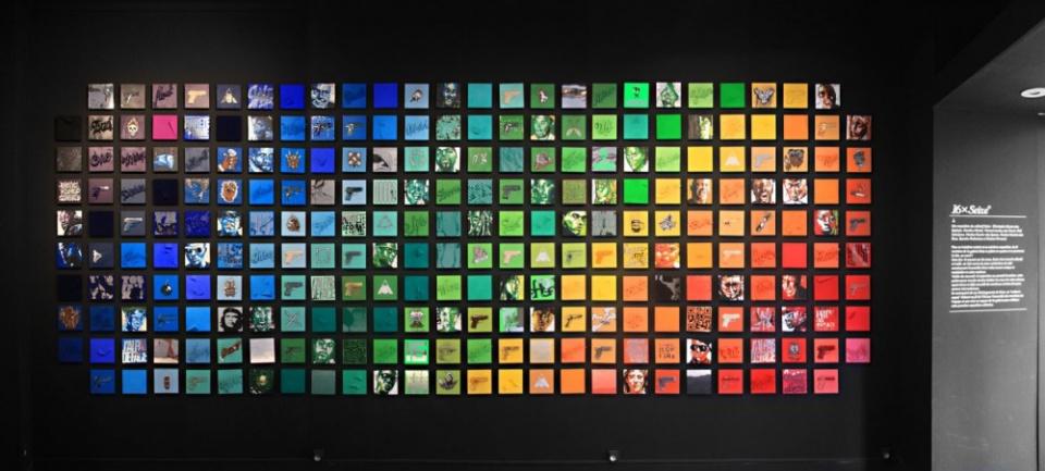 256 toiles en dégradé de couleurs