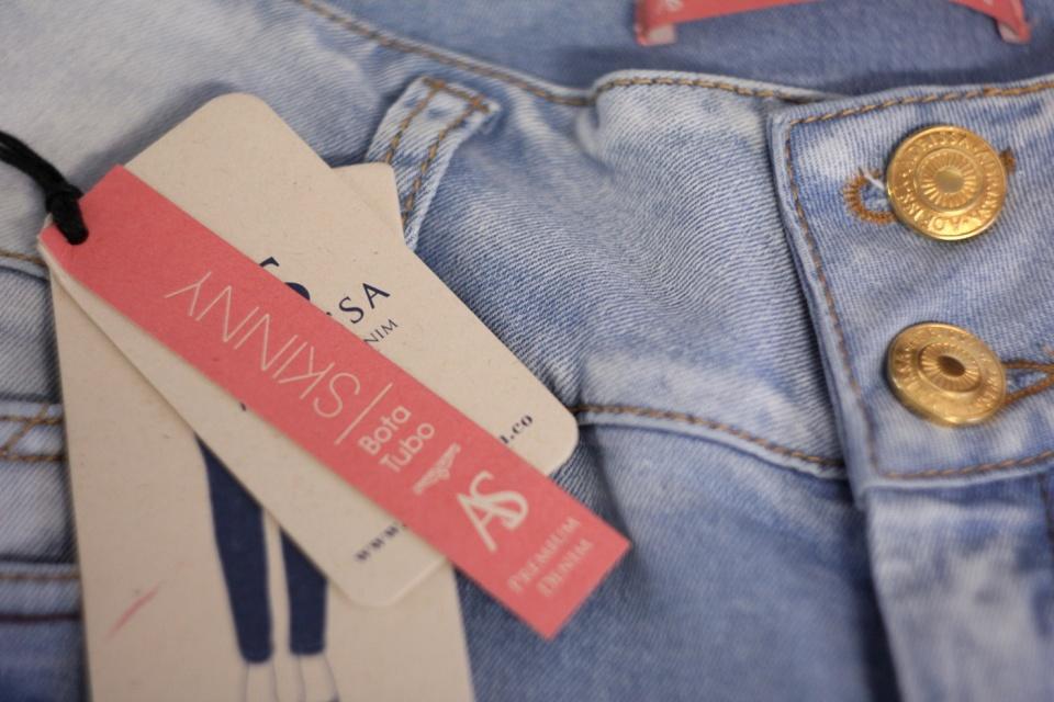 Étiquettes et boutons