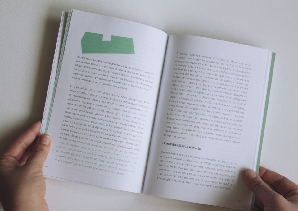 """Catalogue """"Cartografía Urbana"""""""